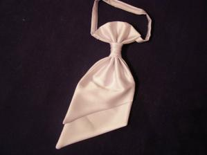 ..kúpili sme obaja kravatu....