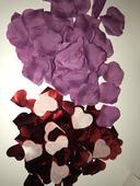 Fialove lupene a cervene srdiecka konfety,