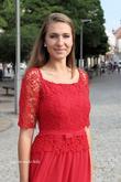 Červené dlouhé šaty na ples  www.svatebninella.cz