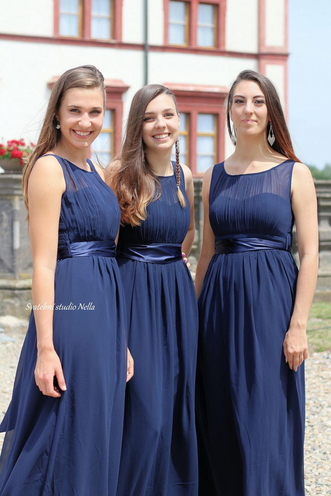 Šaty na svatbu pro družičky - Dlouhé šaty na svatbu pro družičky www.svatebninella.cz