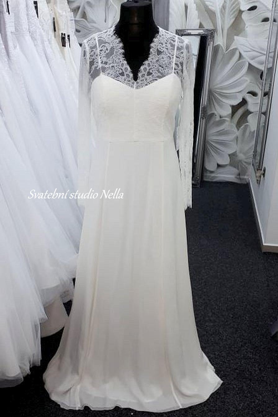 Svatební šaty v boho stylu pro venkovní svatby - Obrázek č. 1