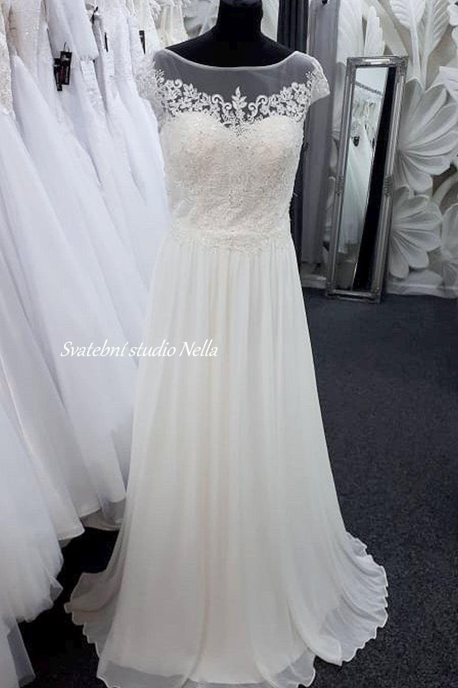 Svatební šaty v boho stylu pro venkovní svatby - Obrázek č. 4