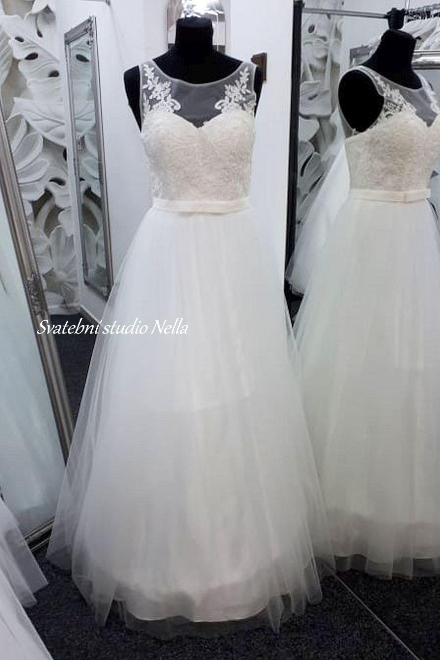 Svatební šaty v boho stylu pro venkovní svatby - Obrázek č. 5