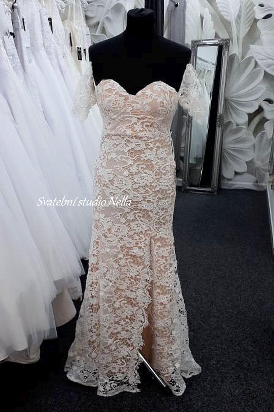 Svatební šaty v boho stylu pro venkovní svatby - Obrázek č. 7