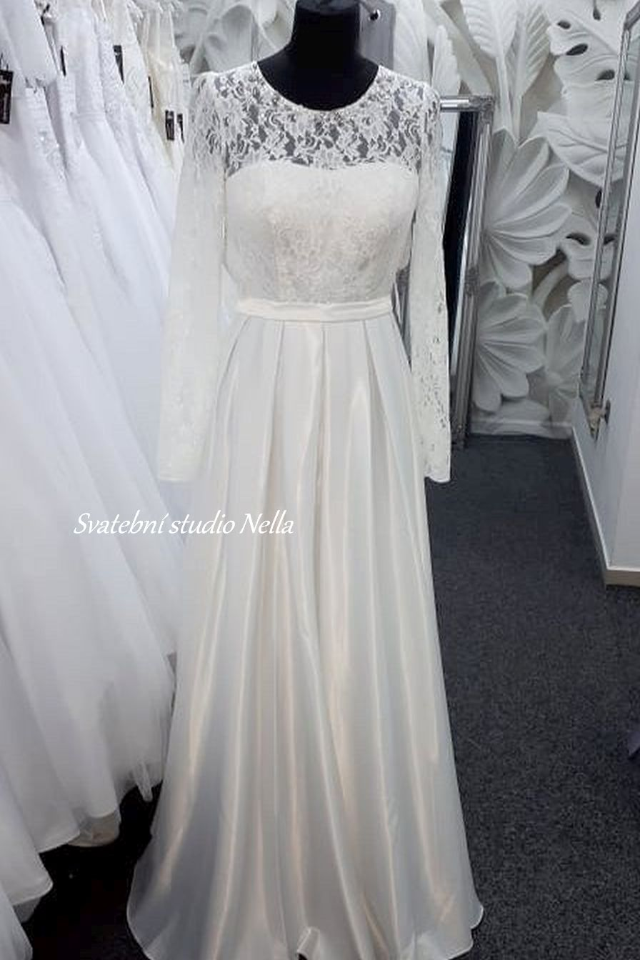 Svatební šaty v boho stylu pro venkovní svatby - Obrázek č. 3