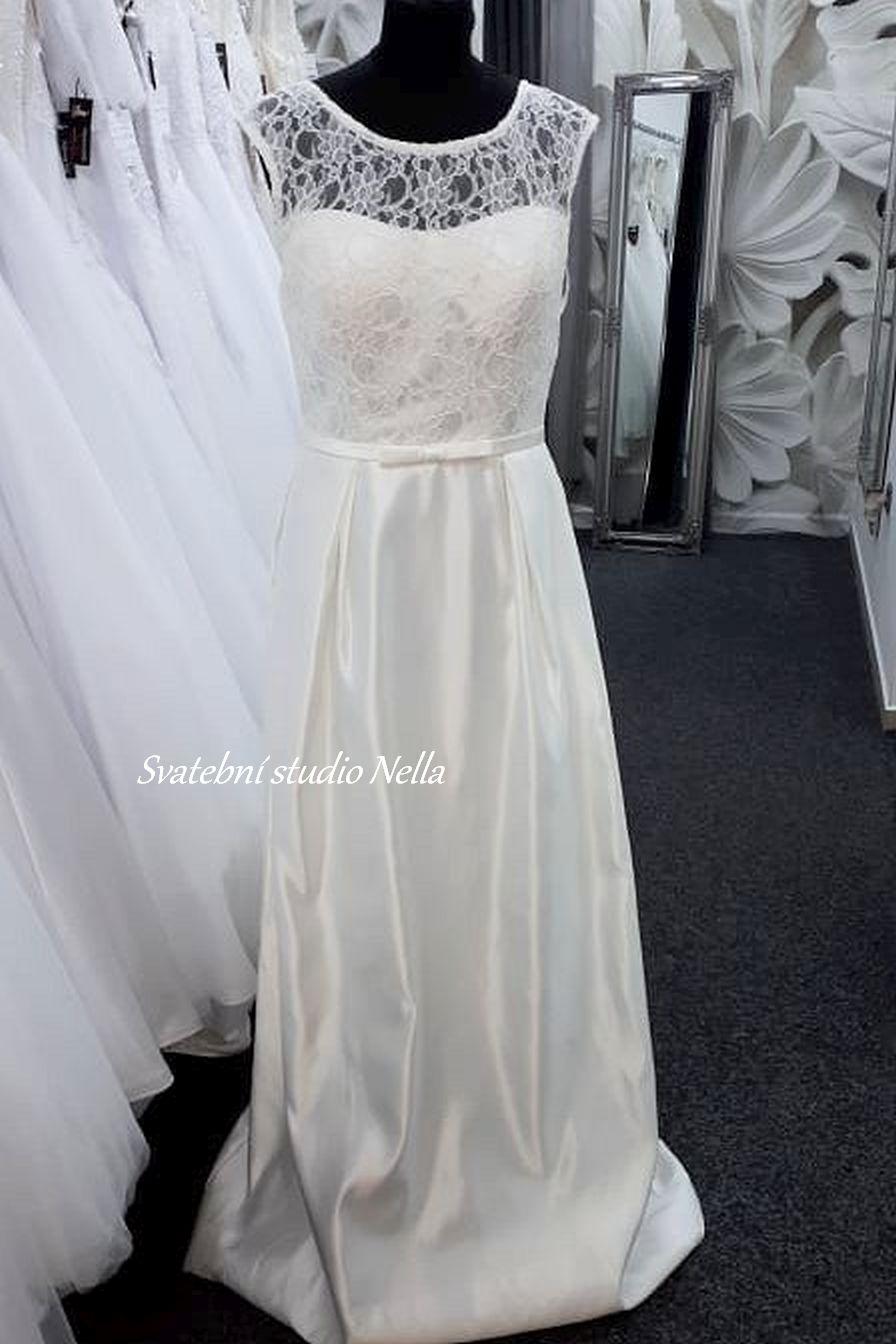 Svatební šaty v boho stylu pro venkovní svatby - Obrázek č. 11
