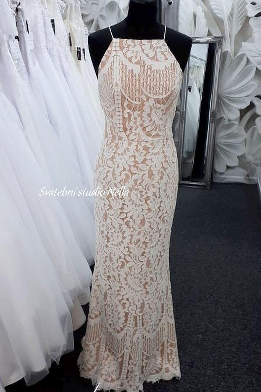 Svatební šaty v boho stylu pro venkovní svatby - Obrázek č. 8