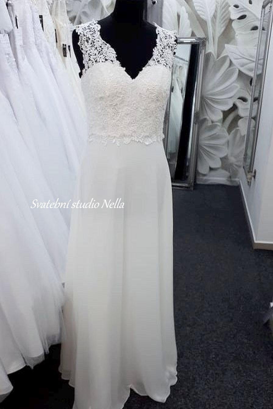 Svatební šaty v boho stylu pro venkovní svatby - Obrázek č. 12