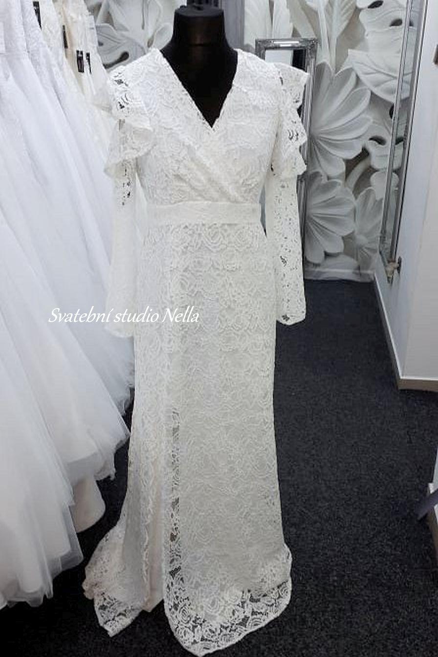 Svatební šaty v boho stylu pro venkovní svatby - Obrázek č. 13