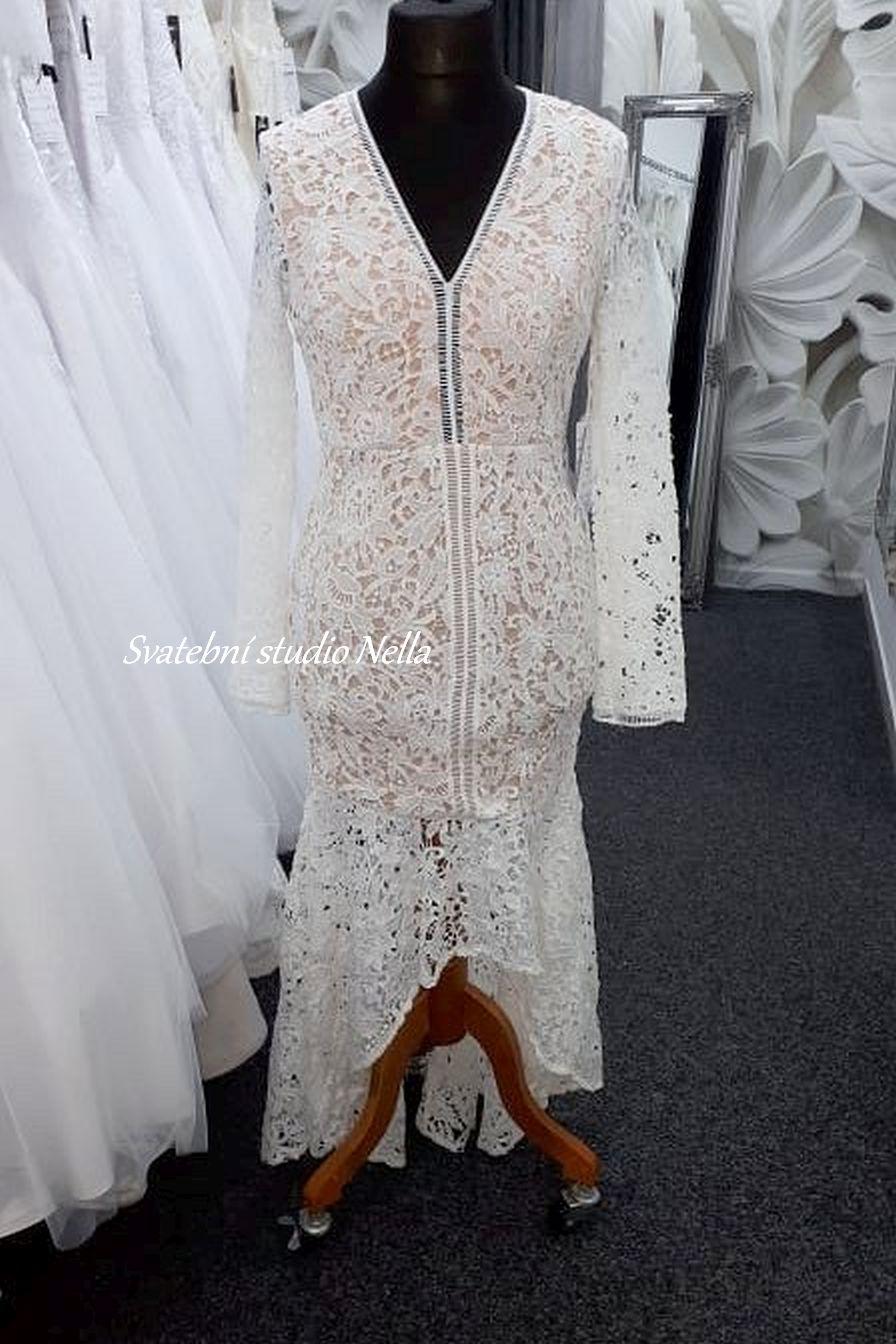 Svatební šaty v boho stylu pro venkovní svatby - Obrázek č. 6