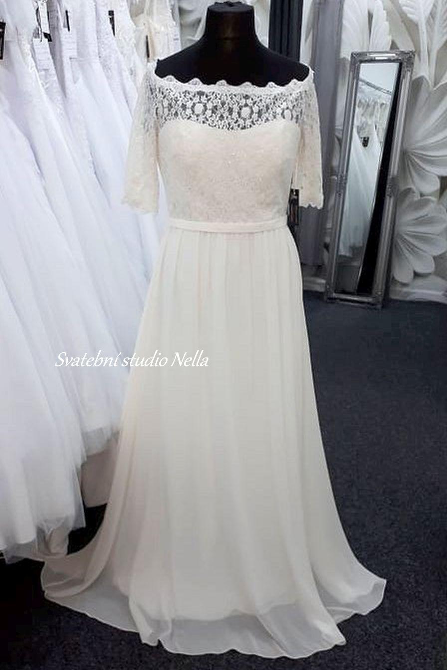 Svatební šaty v boho stylu pro venkovní svatby - Obrázek č. 17