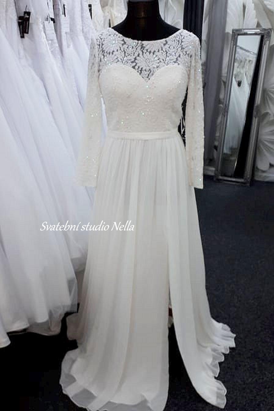 Svatební šaty v boho stylu pro venkovní svatby - Obrázek č. 19