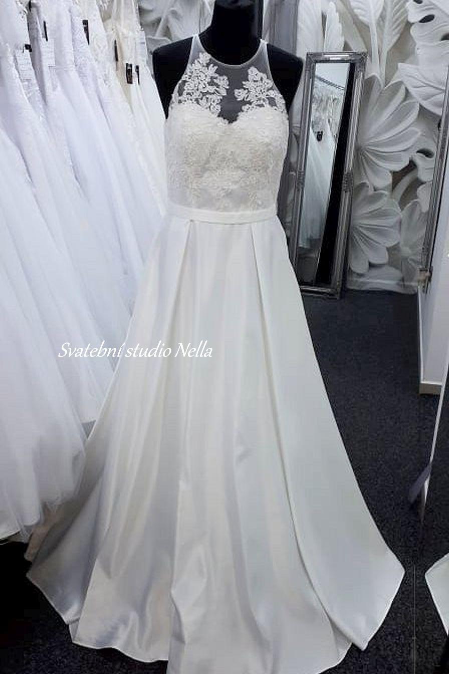 Svatební šaty v boho stylu pro venkovní svatby - Obrázek č. 21
