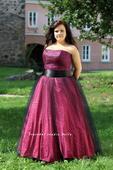 Plesové šaty růžové pro plnoštíhlé - půjčovné , 48