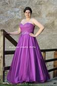 Plesové šaty fuksiové pro plnoštíhlé - půjčovna, 48