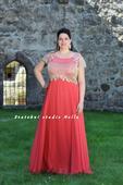 Plesové šaty korálové pro plnoštíhlé - půjčovna, 48
