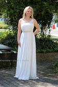 Empírové svatební šaty na ramínka, 40