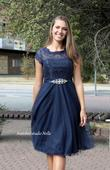 Krátké plesové šaty s krajkou, 36