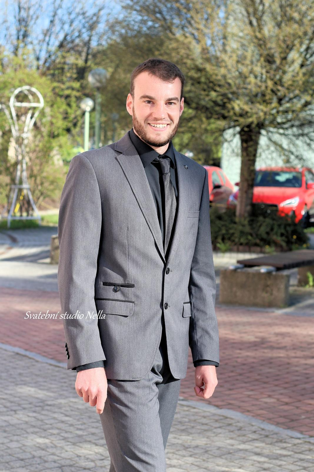Pánský oblek šedý vel.52 - Obrázek č. 1