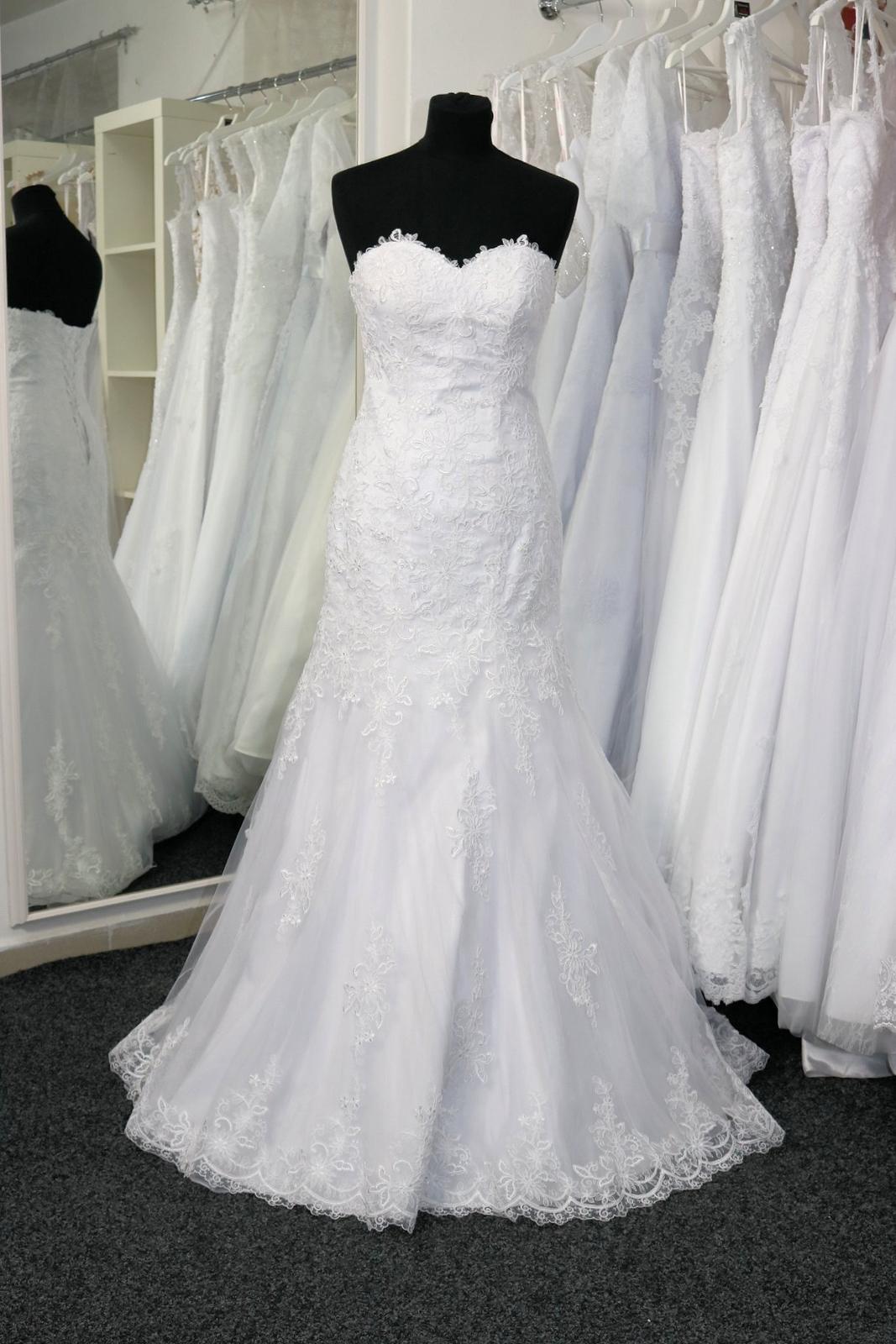 Svatební šaty s krajkou vel.34 XS - Obrázek č. 1
