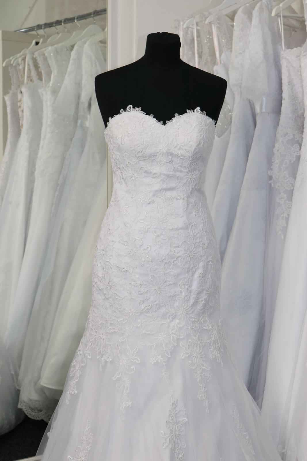 Svatební šaty s krajkou vel.34 XS - Obrázek č. 2