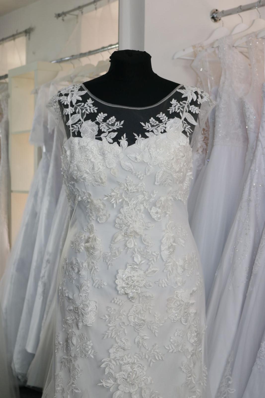 Nové svatební šaty krajkové vel. 46 - Obrázek č. 2