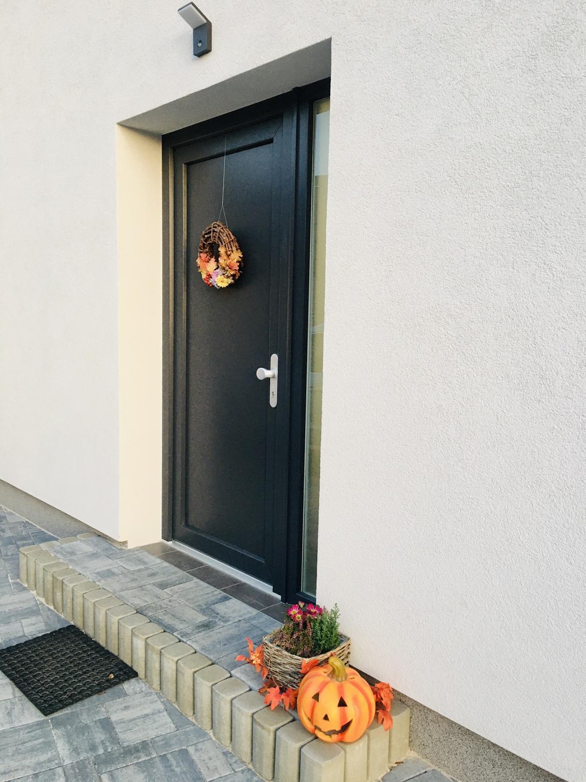 Vítejte U NÁS :) - Dnes jedeme podzimní dekorace :)