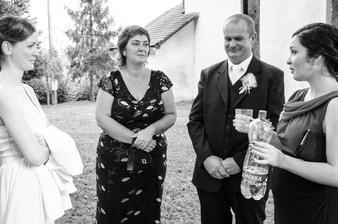Moja zatá svedkyňa, ktorá sa starala aj o pitný režim našich hostí a manželovho svedka