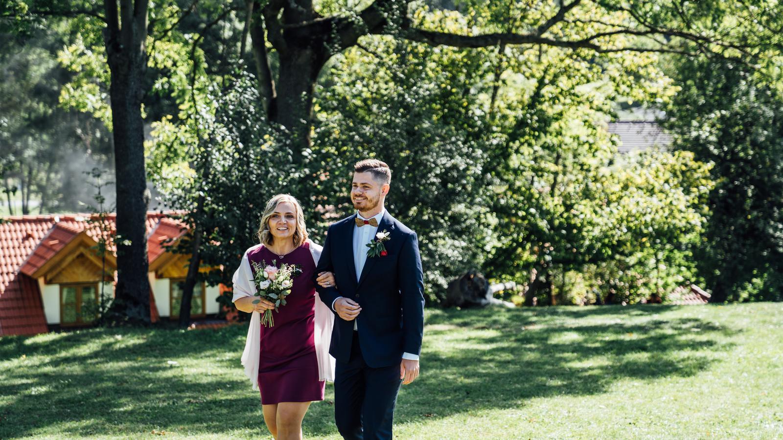 Kateřina & Tomáš (Podzimní svatba 2019) - Obrázek č. 12