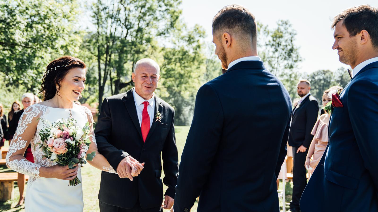 Kateřina & Tomáš (Podzimní svatba 2019) - Obrázek č. 13