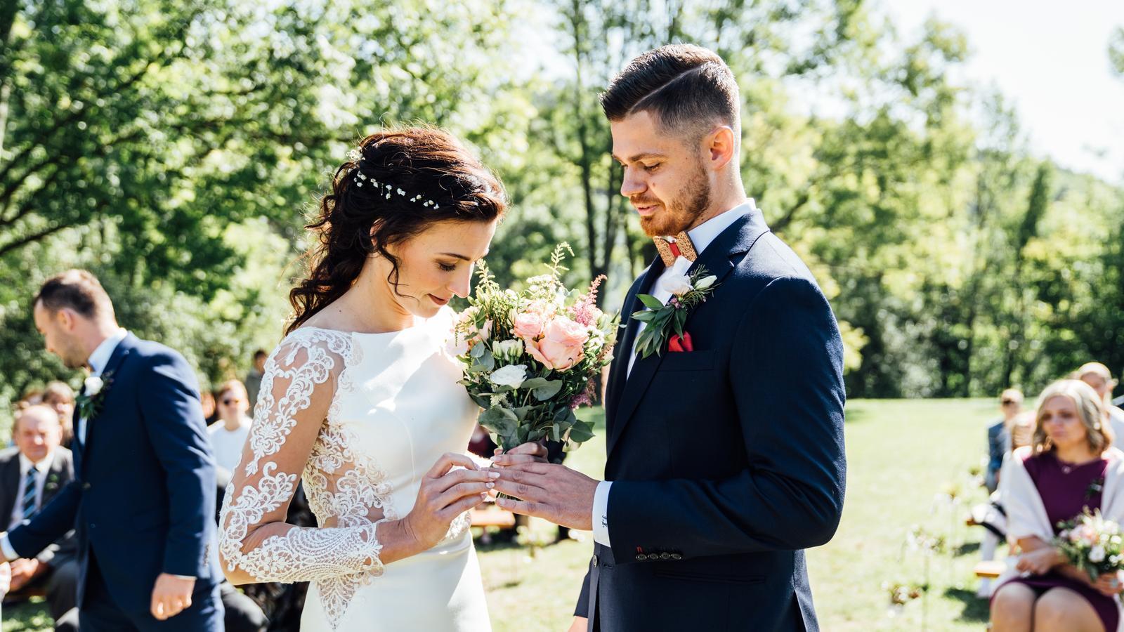 Kateřina & Tomáš (Podzimní svatba 2019) - Obrázek č. 14