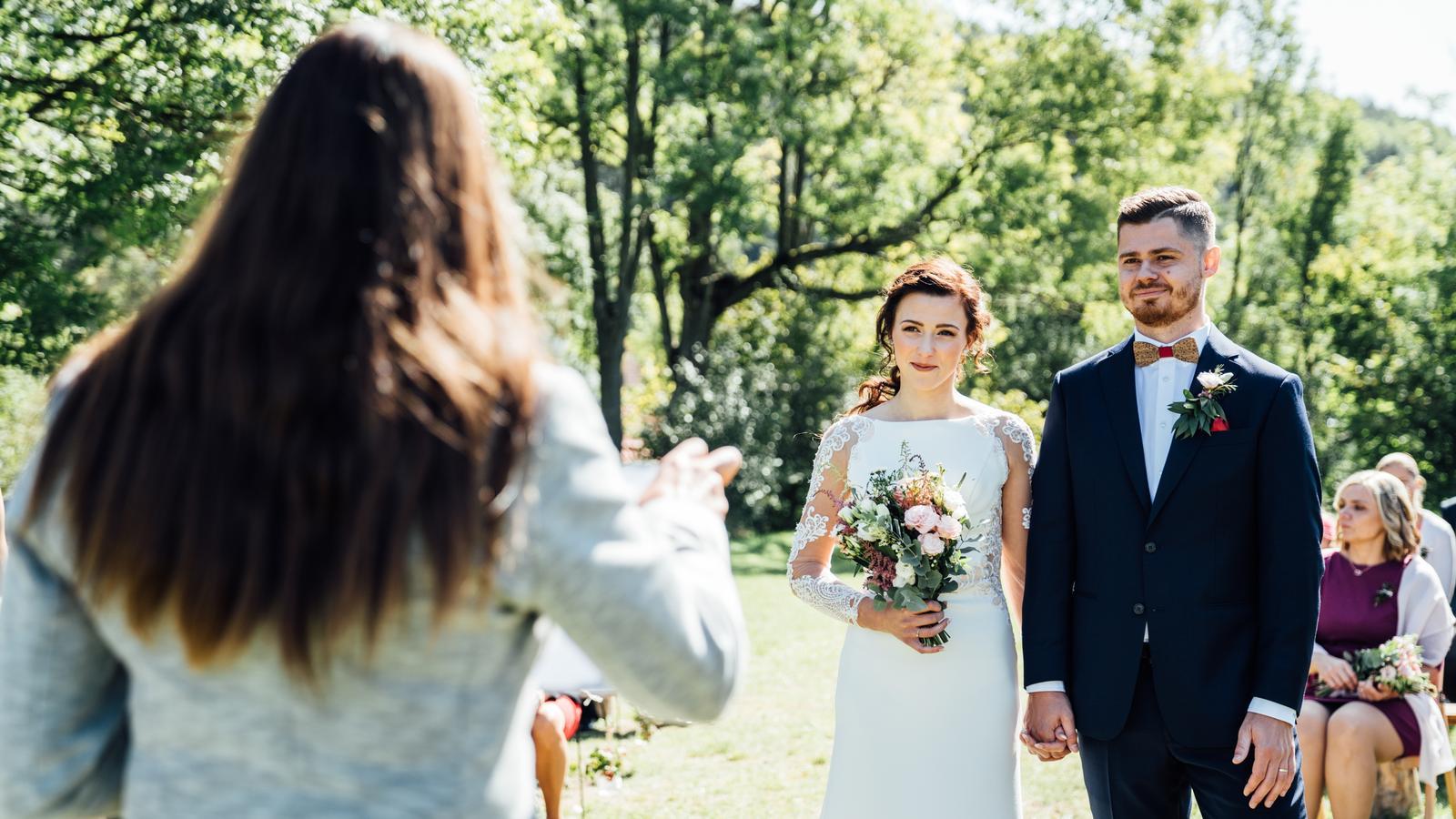 Kateřina & Tomáš (Podzimní svatba 2019) - Obrázek č. 15