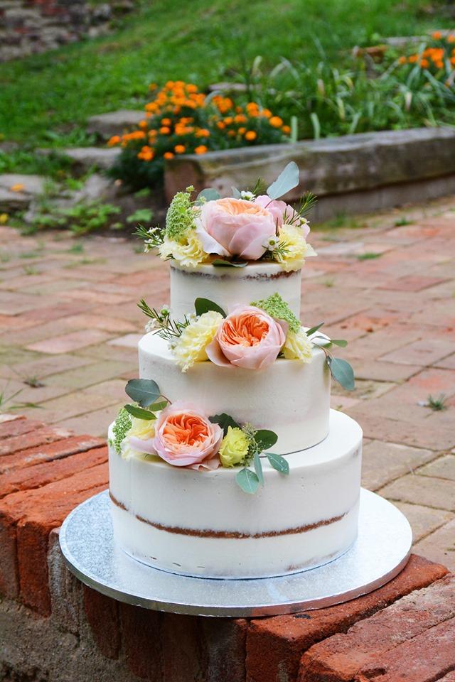 Svatební dort 7.9.2019 - Obrázek č. 1