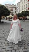 Pohodlné svatební šaty, 48