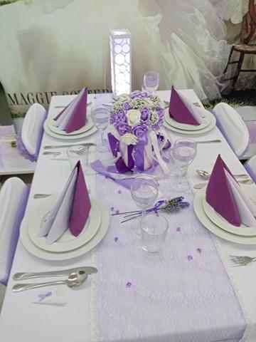 12.9.2020 ☺️ - Dlouho jsem hledala inspiraci fialové výzdoby stolu...tohle asi klapne ^_^