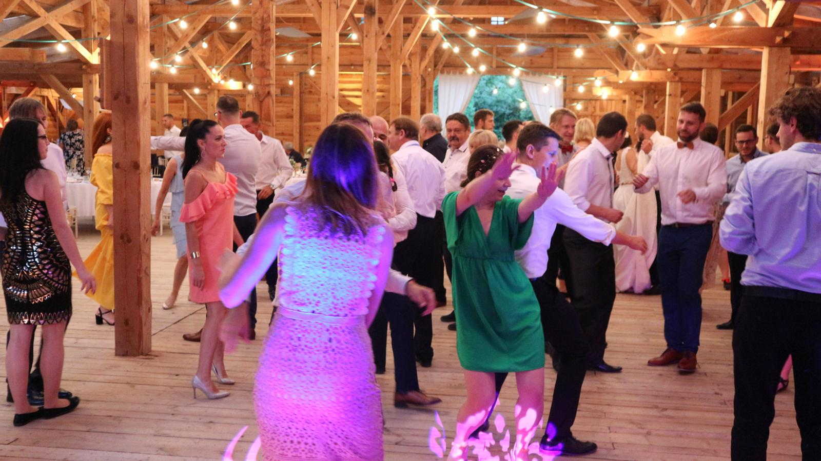 Svadba Nemšová - Ranch 13 stodola - dj eLLy d - Svadba Nemšová - Ranch 13 stodola - dj eLLy d