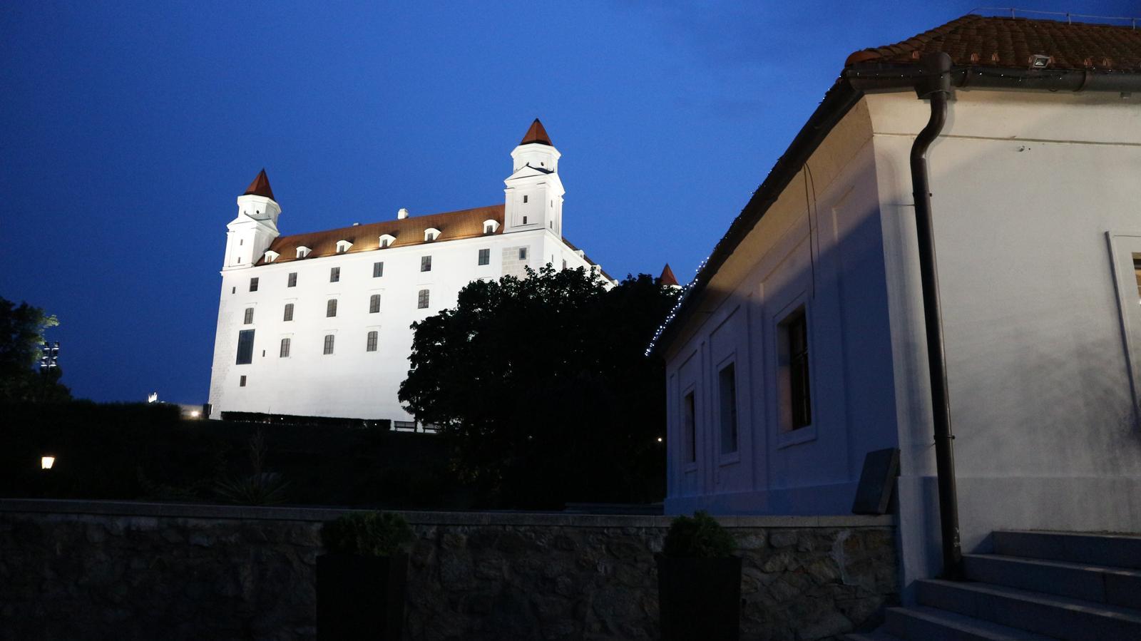 Djka eLLy d - Svadba - Reštaurácia Hrad Bratislava - dj eLLy d