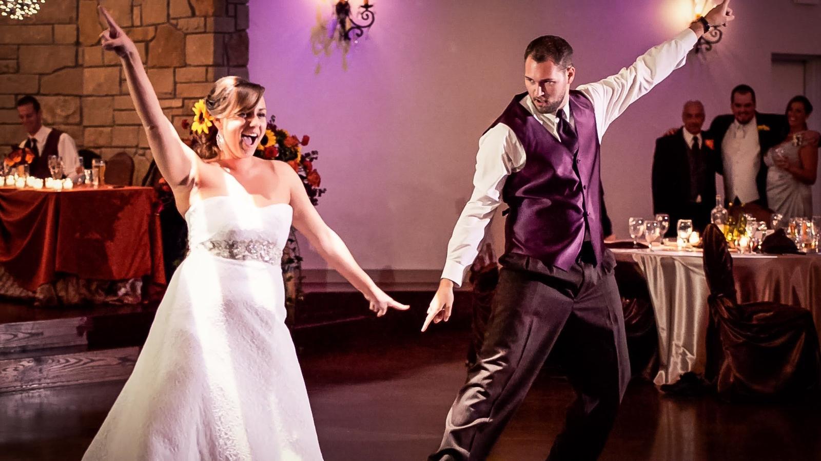 Netradičný tanec novomanželov - mix- Funny dance - Obrázok č. 2