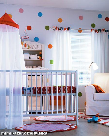 Dětský pokoj - naše inspirace - Nebo místo stromu puntíky?