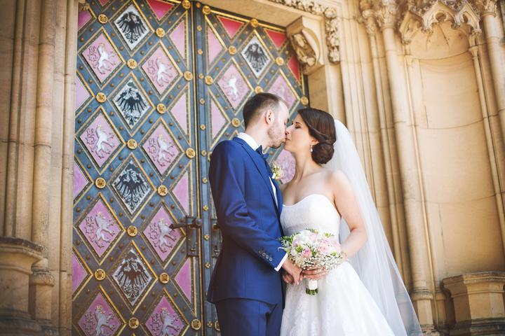 Účesy pro nevěstu - Obrázek č. 56
