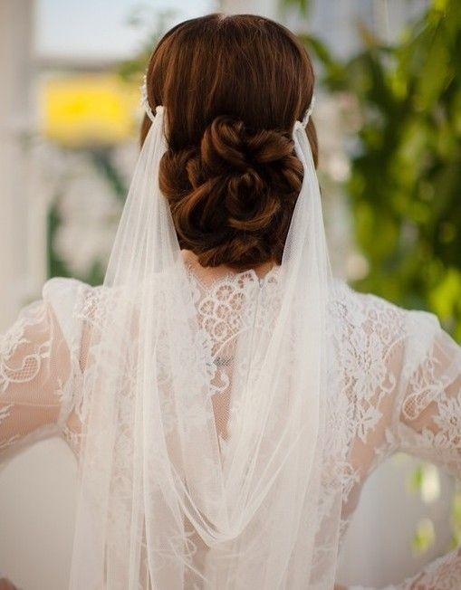 Účesy pro nevěstu - Obrázek č. 22