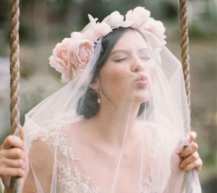 Účesy pro nevěstu - Obrázek č. 6