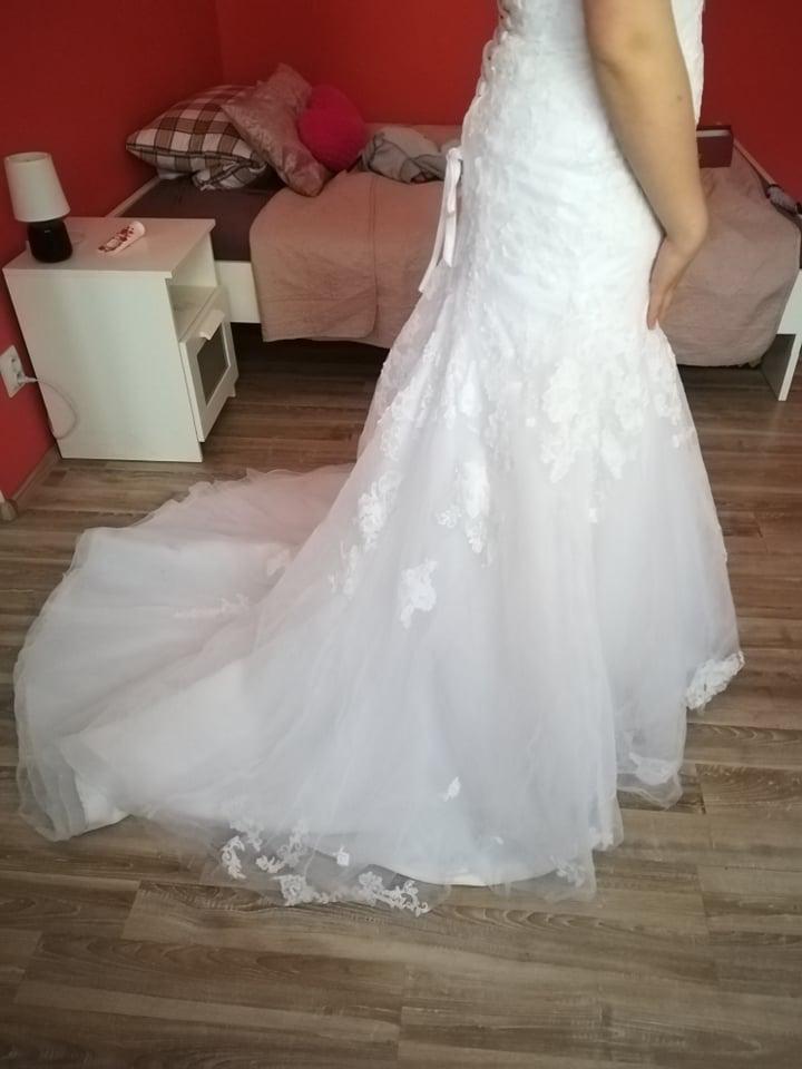 Svatební šaty 38(možná i menší 38) - Obrázek č. 3