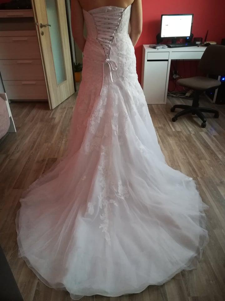 Svatební šaty 38(možná i menší 38) - Obrázek č. 4