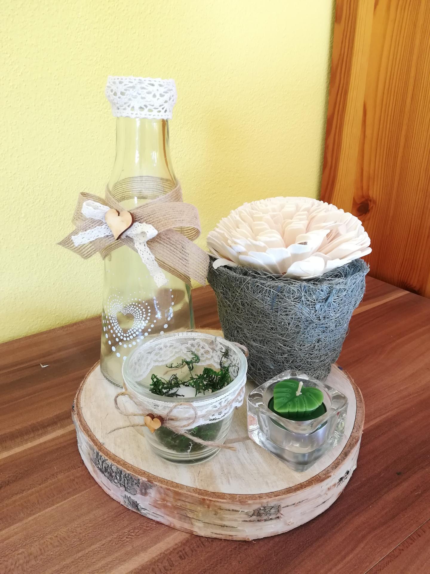 Přípravy na říjen - Do vázy přijde ještě nevěstin závoj. Vše bude tak pootočené, aby šlo z každé strany vidět něco.