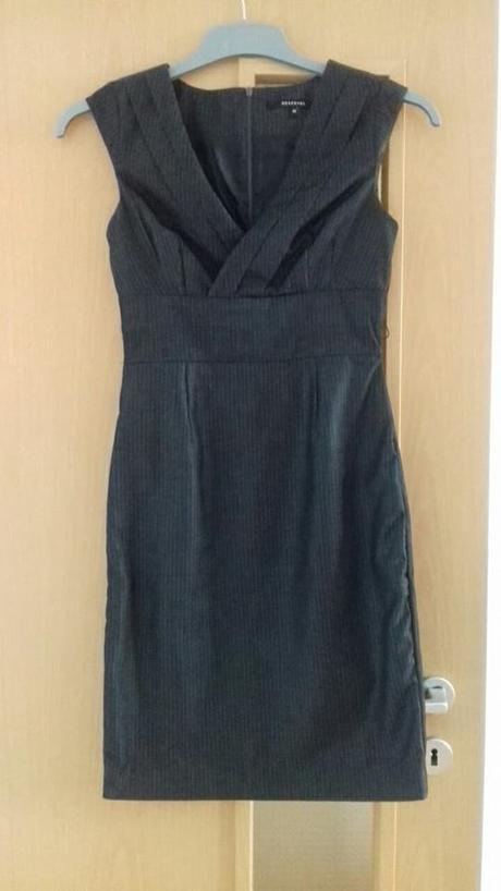 Dámske sivé šaty Reserved - Obrázok č. 1