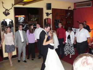První novomanželský tanec - Killing me softly