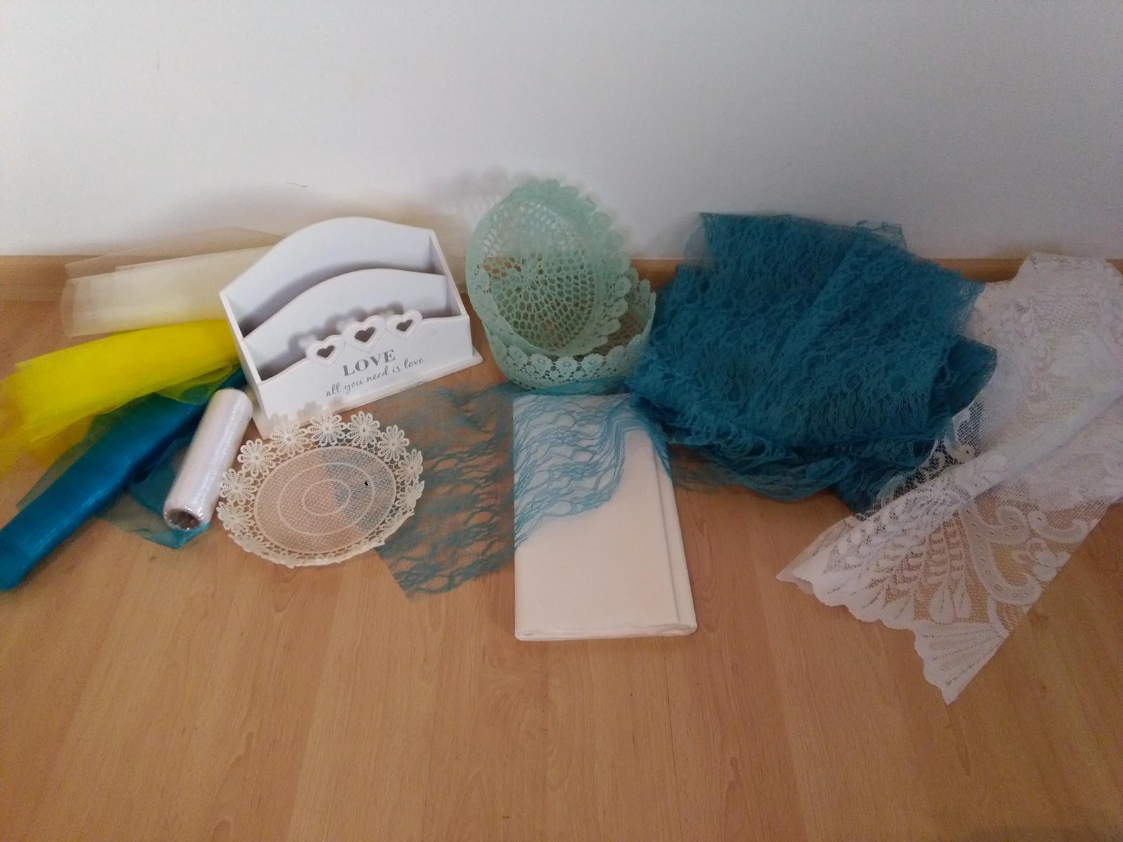 MIX dekorací na stolování - Obrázek č. 1