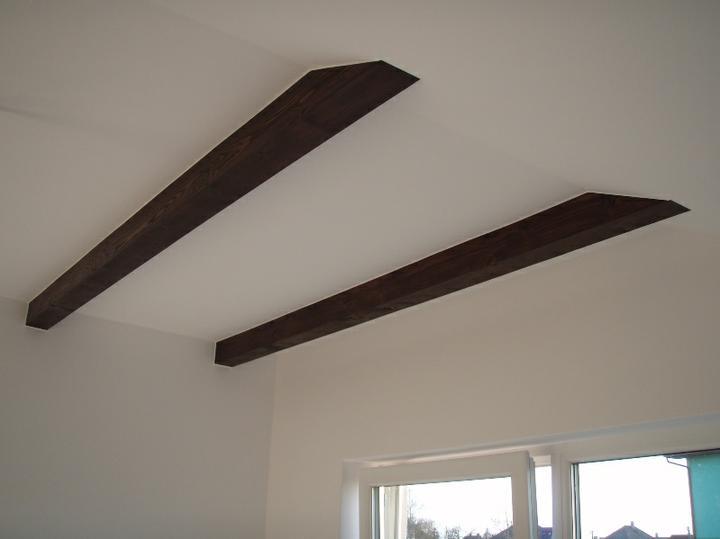 Pokracujeme......... - detail stropu v dome