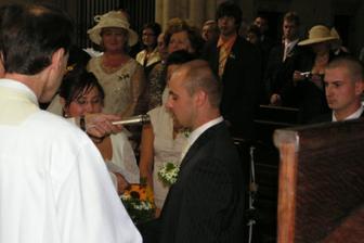 ... Já Bedřich přijímám Tě Evo za manželku ....